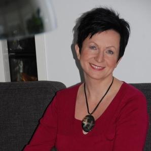 Birgitta. KM, SHO, ryhmäanalyytikko, psykoterapeutti, organisaatiokonsultti, kouluttaja, työnohjaaja